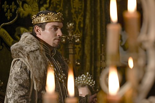 Jonathan Rhys Meyers as Henry in THE TUDORS.